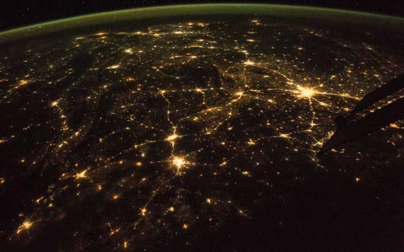 राती अन्तरिक्षवाट देखिएको नेपालको केन्द्र भाग