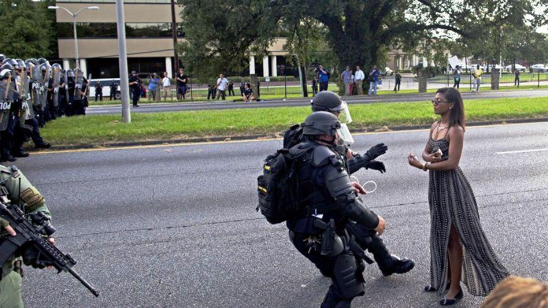 हजारौ गिरफ्तार